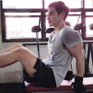 ทอมออกกำลังกาย